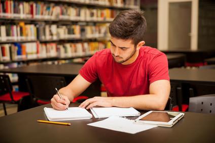Die allgemeine Hochschulreife ist der höchste Schulabschluss in Deutschland. © AntonioDiaz - Fotolia.com