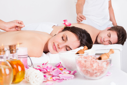 <strong>Pure Entspannung im Wellnessparadies.</strong><br /> © apops - Fotolia.com