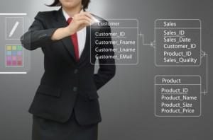 <strong>Im Fernkurs Datenbankentwicklung wird nicht nur der Umgang mit der Software MS Access, sondern auch die Abfragesprache SQL gelehrt.</strong>© singkham - Fotolia.com