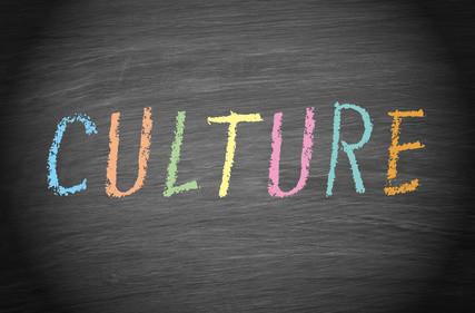 Das Fernstudium Kulturmanagement wird maßgeblich durch die Neugier der Teilnehmer bestimmt. © DOC RABE Media - Fotolia.com