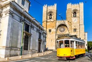 Die historische Straßenbahn von Lissabon. © Mapics - Fotolia.com